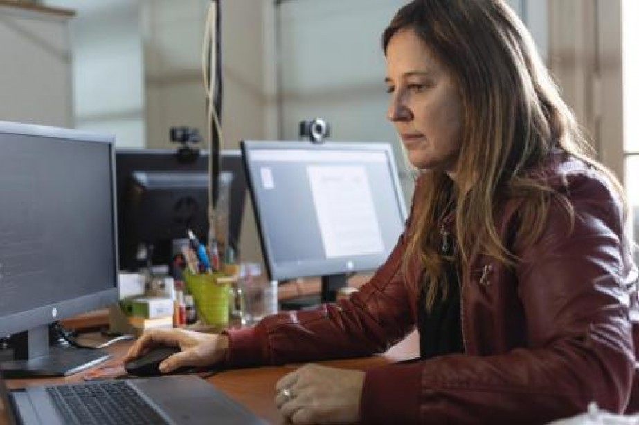 Día Internacional de la Mujer en la Ingeniería, y una emotiva nota en la web de UTN a la Ing. Lavore Bourg